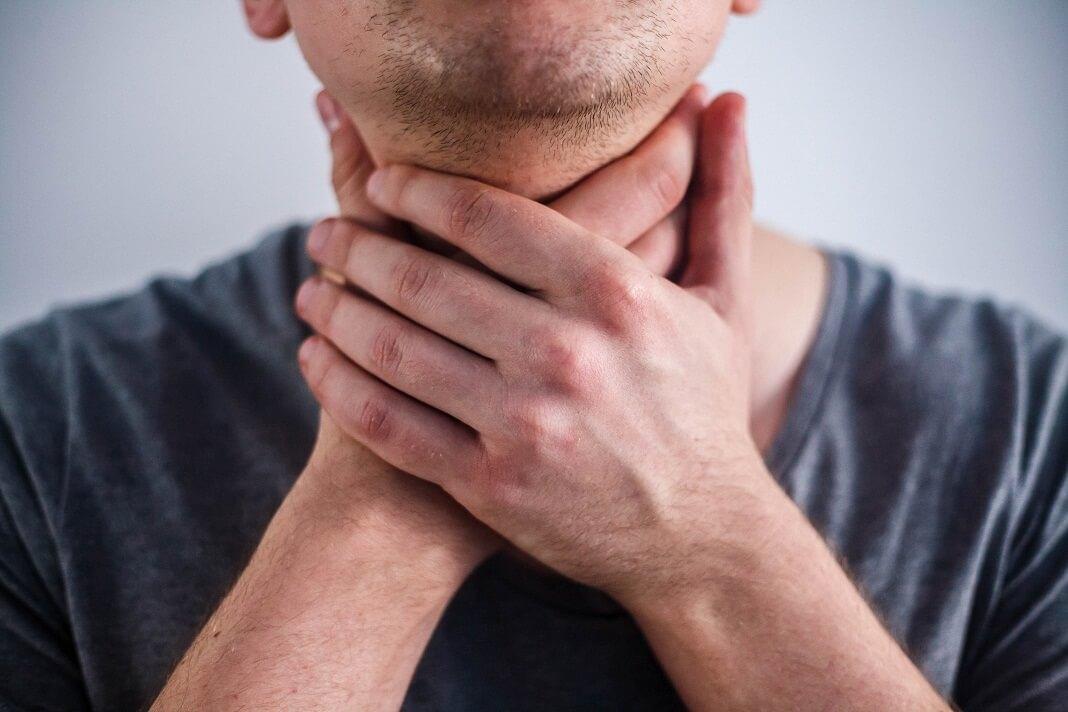 how to cure throat cancer