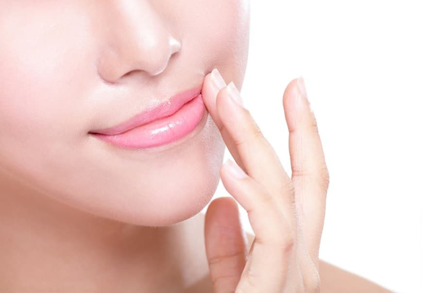 Tamanu Oil for Lip Care