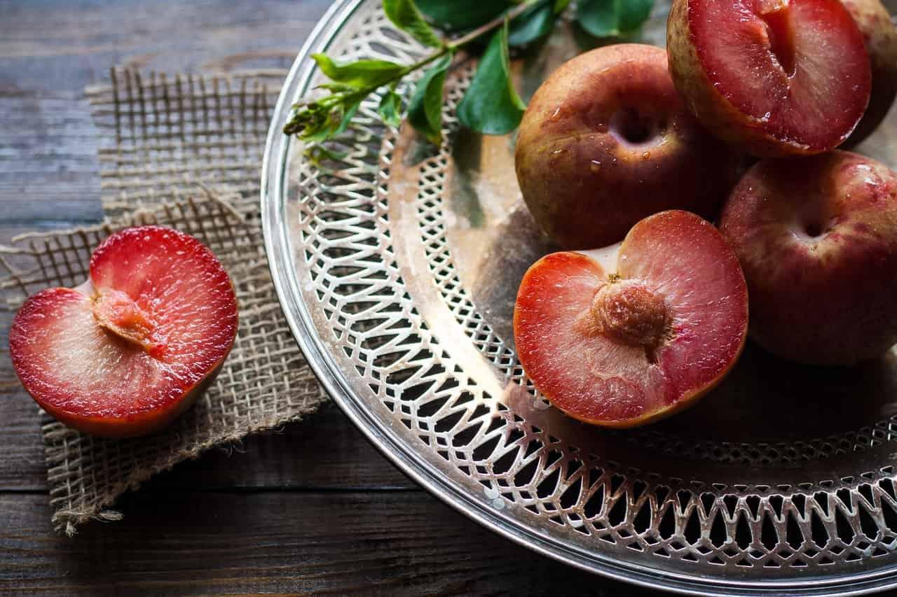 plum fruit for sugar