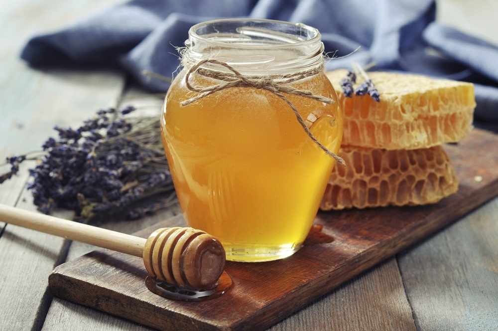 Honey to clear Ingrown Hair Scars on the Face