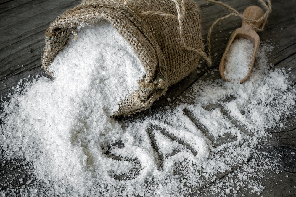 Salt to treat ingrown hair on the back of legs