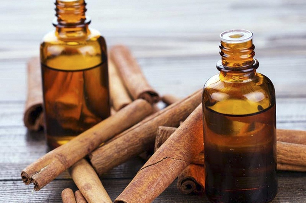 cinnamon oil for mosquito bites