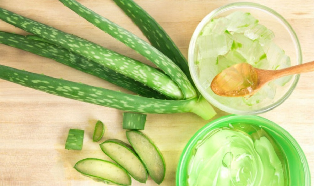 aloe vera for lightening age spots