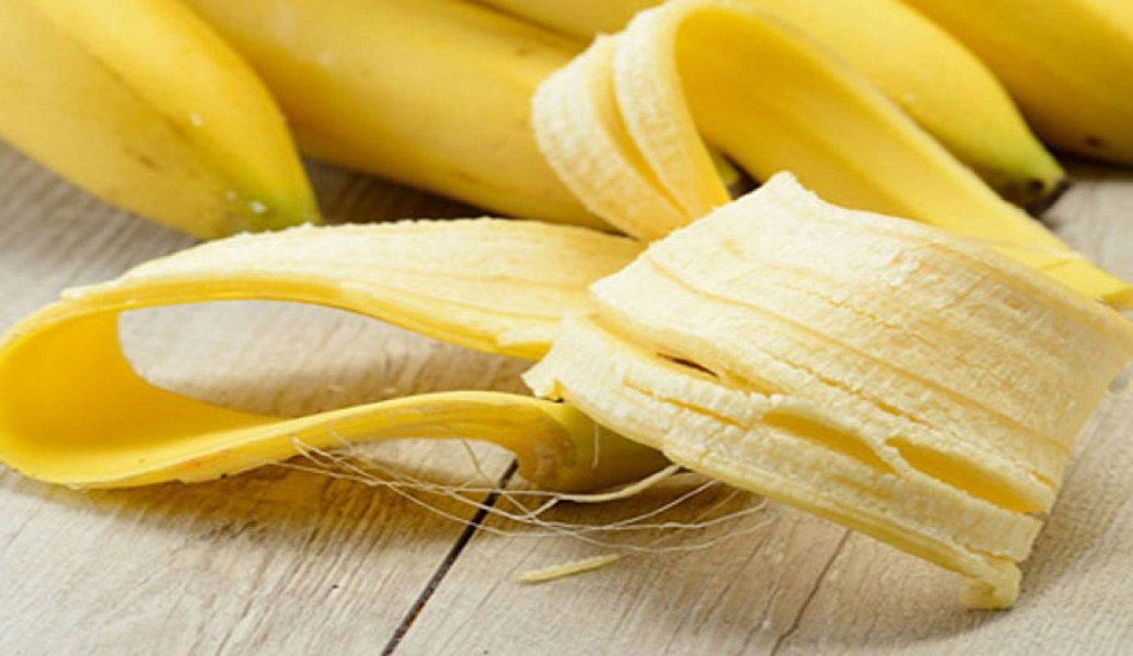 banana peels for get rid of a love bite