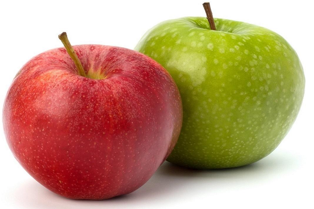 pommes rouges et vertes fraîches pour perdre du poids