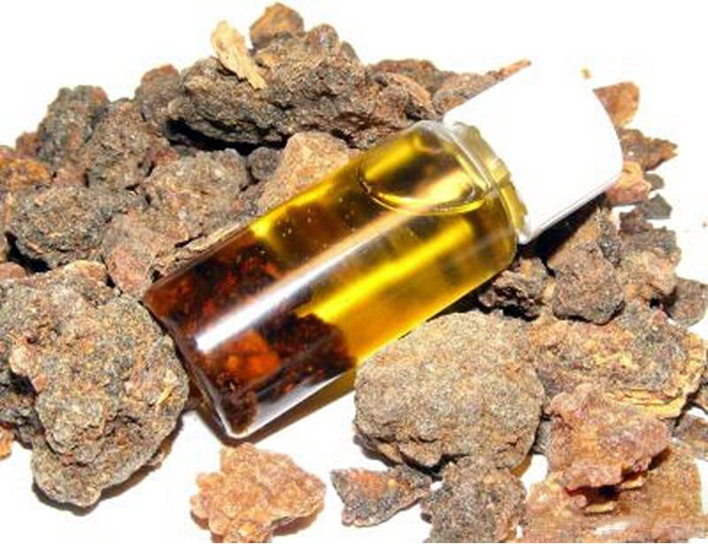 myrrh oil for stretch marks