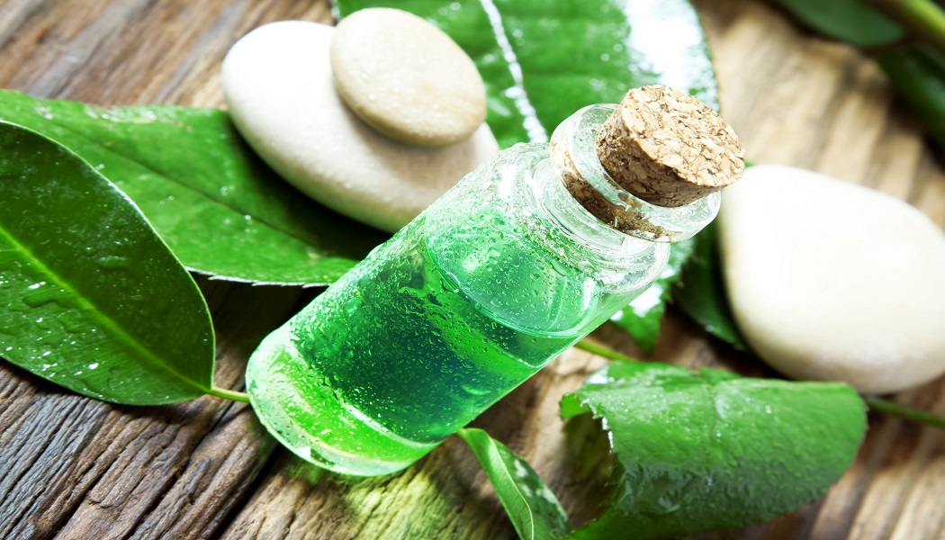 tea tree essential oil for whiteheads removal