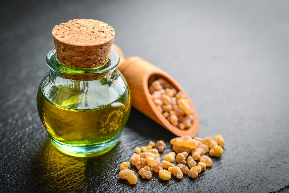 frankincense essential oil for sinus