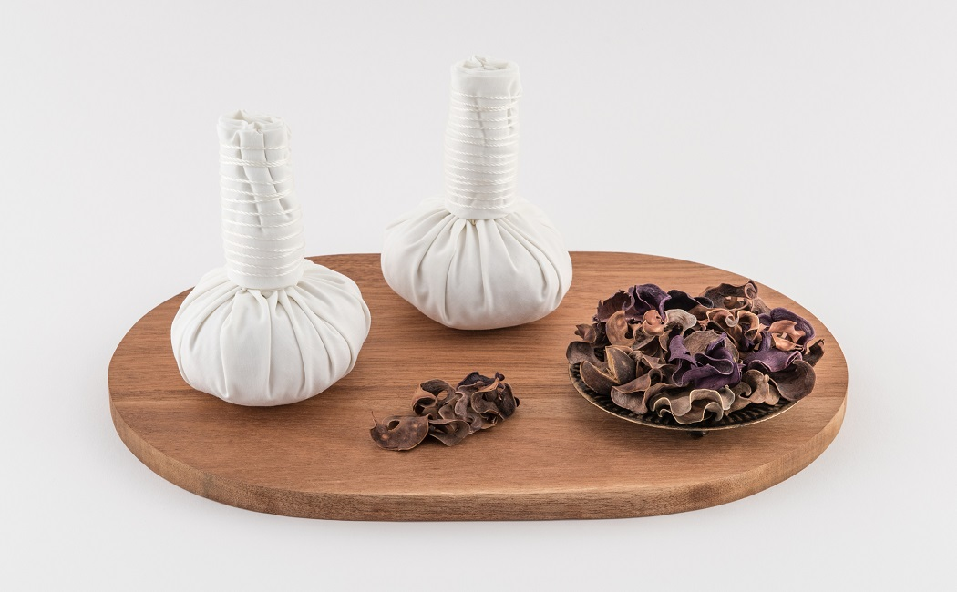poultice of herbs for perioral dermatitis