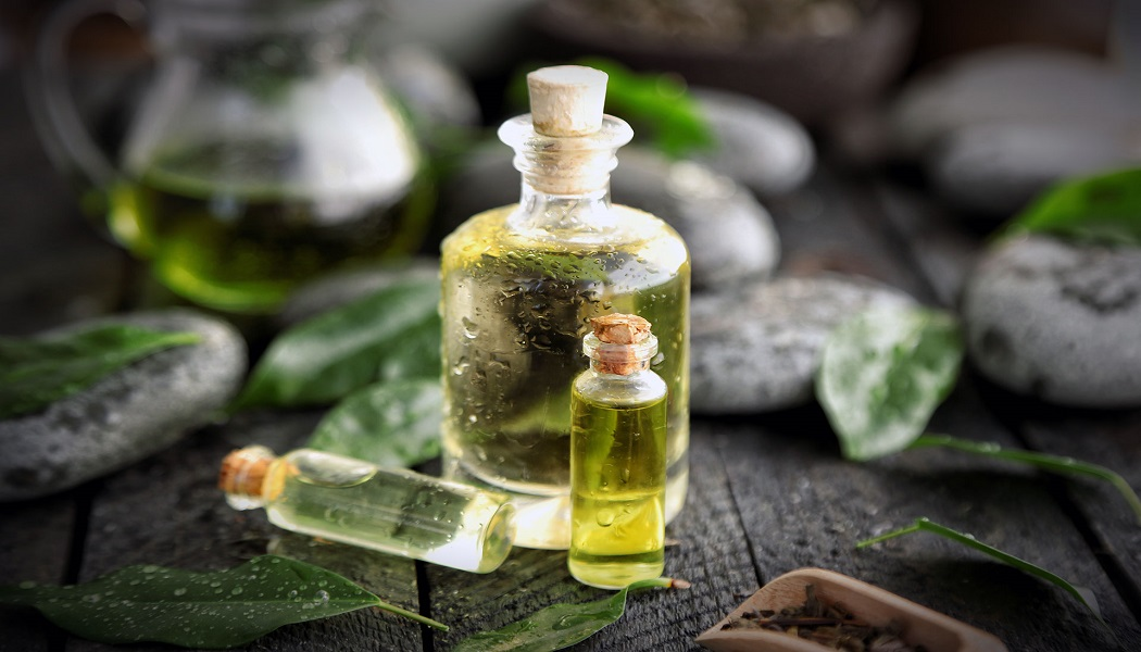 tea tree essential oil for hormonal acne