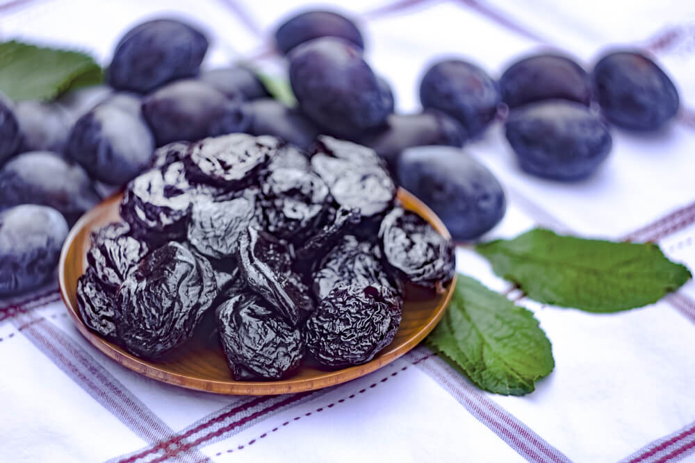 Prunes benefits