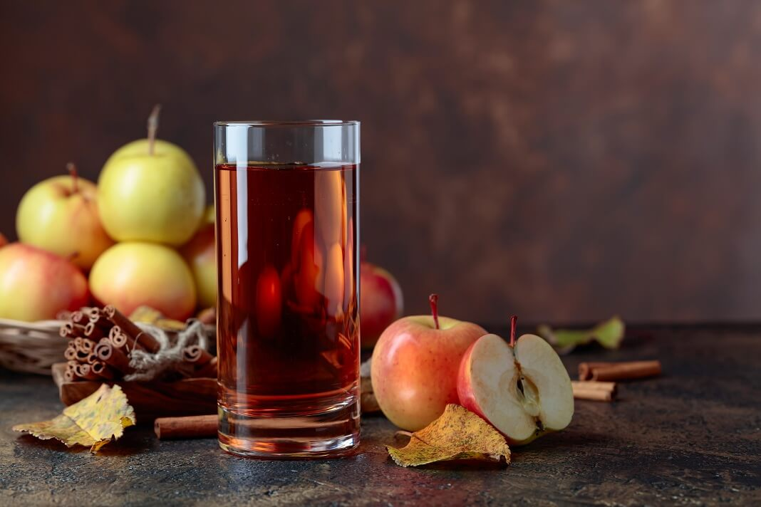 4 Health Benefits of Apple Cider Vinegar: How to Use